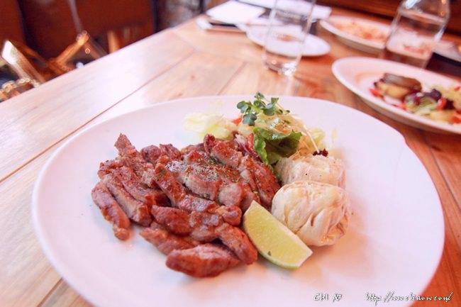 1 thevilla herbs restaurant+25